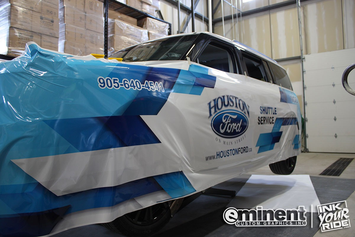 vehicle-wrap-ford-shuttle-graphics-custom