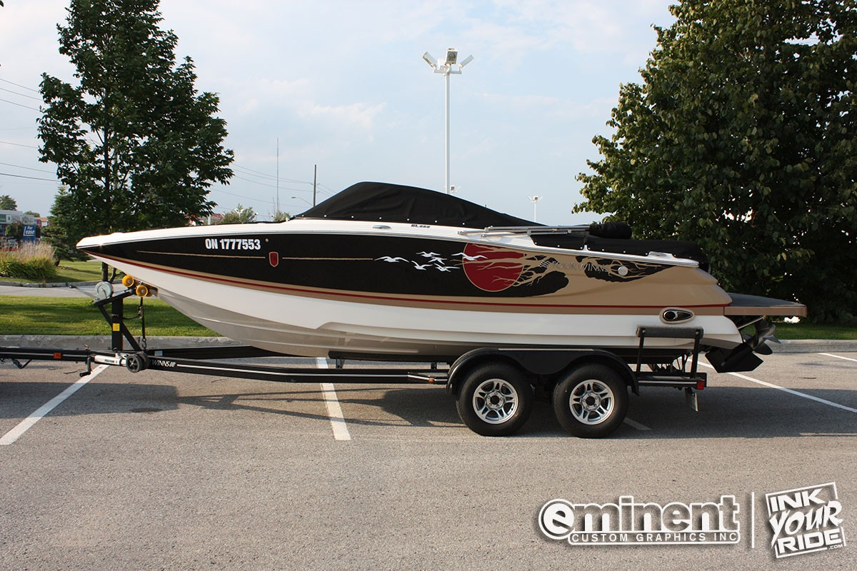 four-winns-boat-wrap-graphics-custom-barrie-canada
