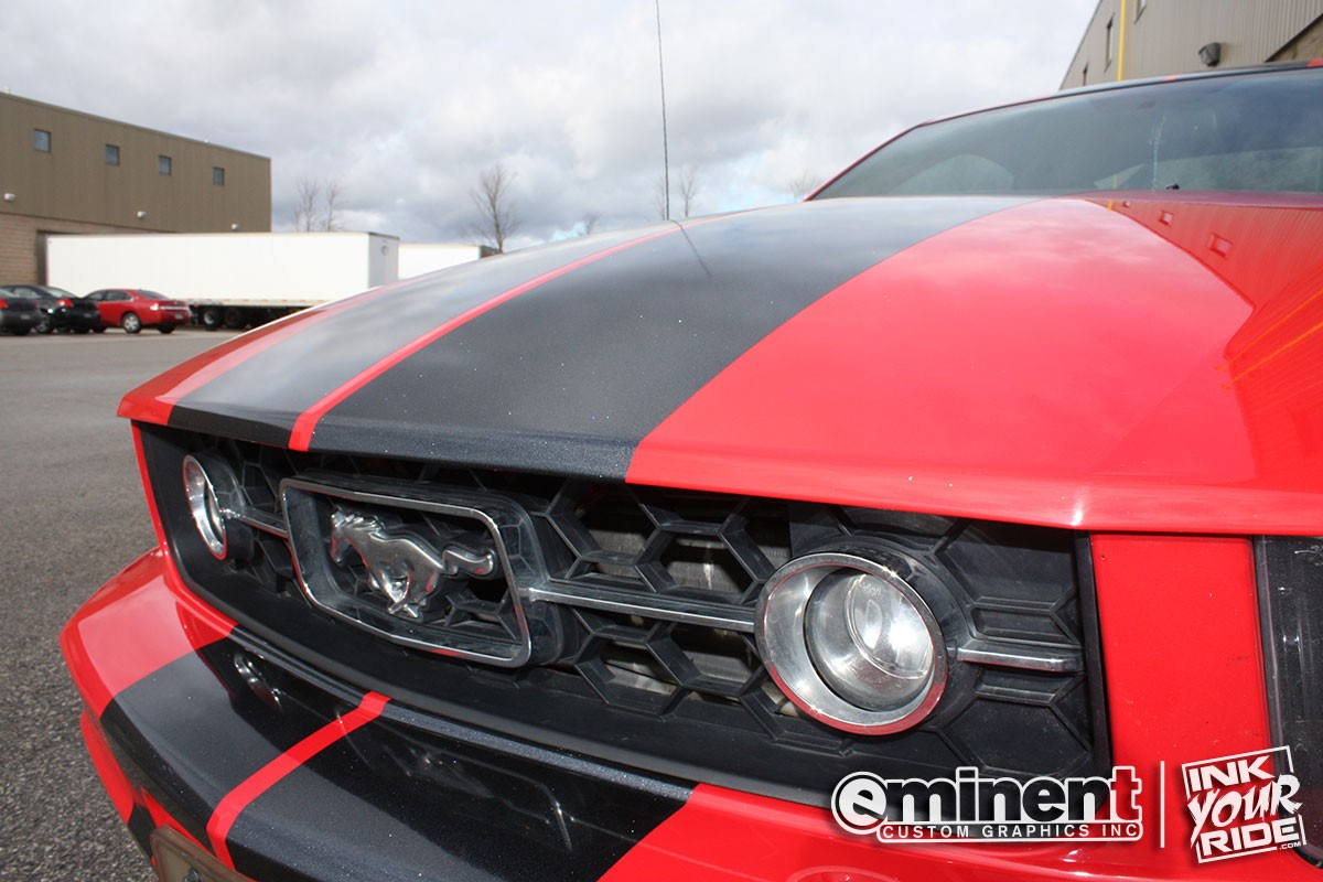 ford-mustang-custom-stripes-wrap-graphics