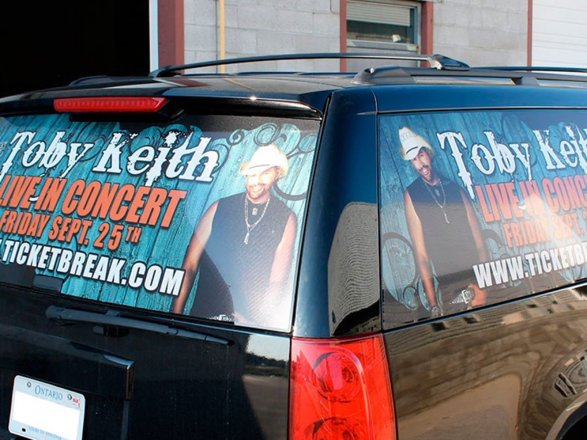 yukon-truck-graphics-toby-keith-perf